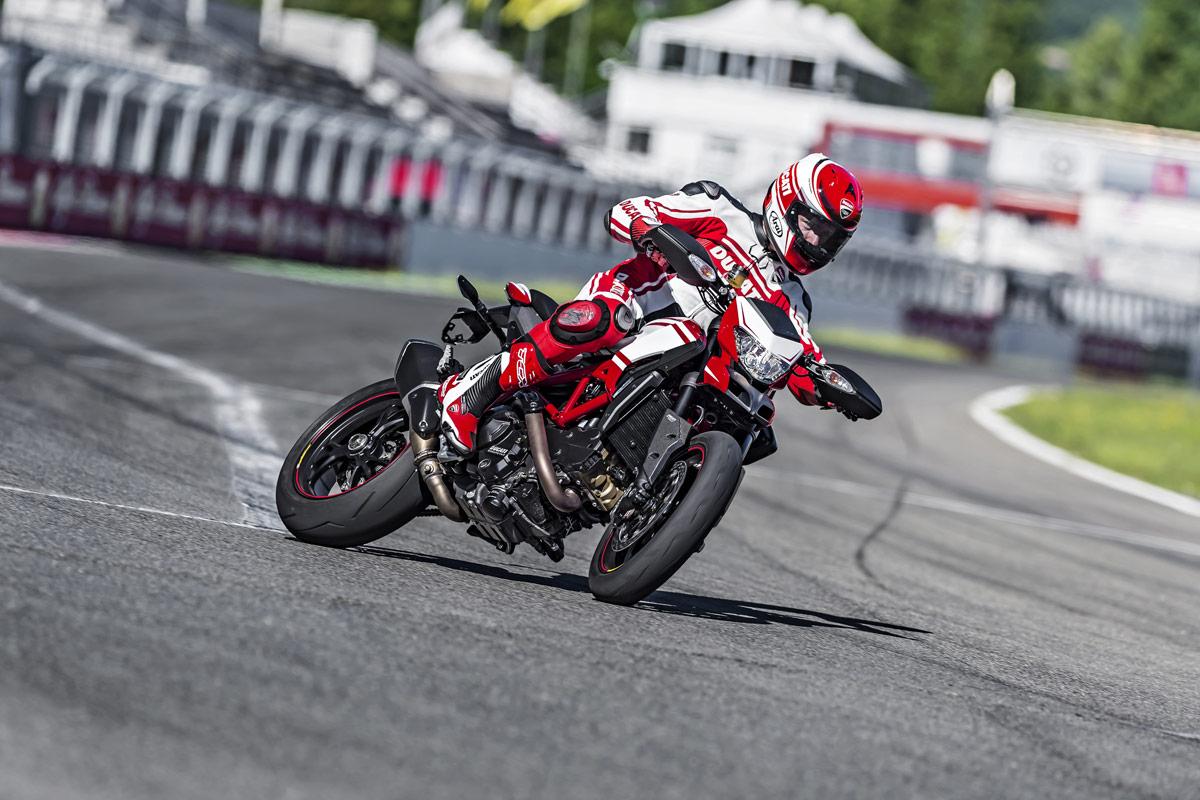 Ducati-Hypermotard-18